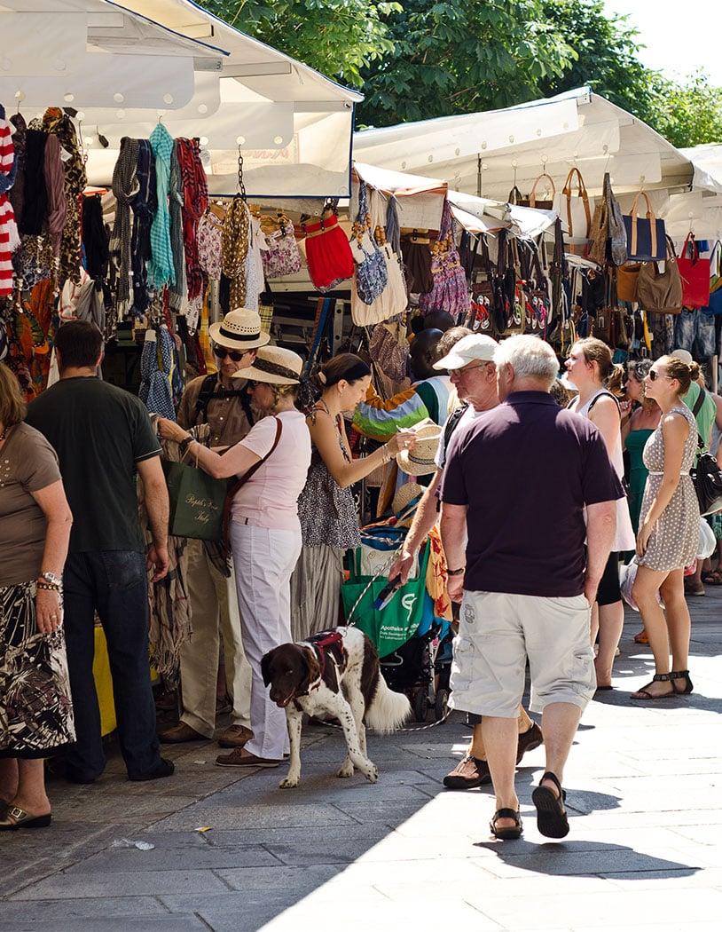 Wochenmarkt in Cannobio